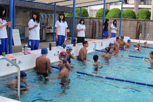 swimming003.jpg